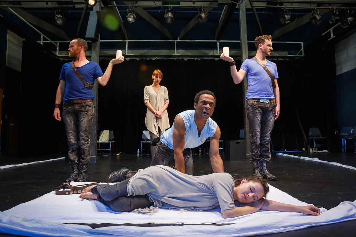 Actors from the London Stage present Othello