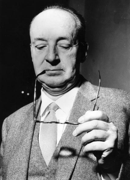 Vladimir Nabokov: Between Russia and America