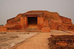 Stupa at Vikramaśīla