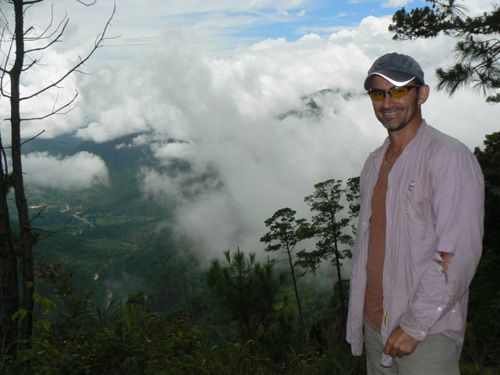Dr. Ramos-Scharrón overlooking the Río Pasabién study area (Sierra de las Minas-Guatemala).