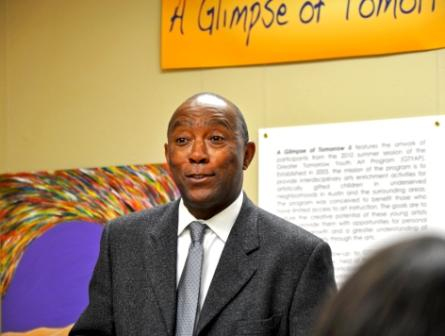Representative Sylvester Turner speaking at AADS Community Forum on Tuesday, December 7th.