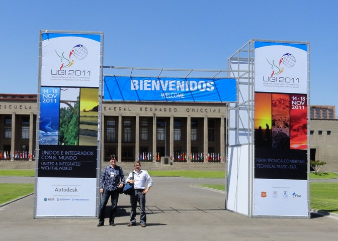 Paul Hudson and Matt LaFevor present at the International Geographical Union congress in Santiago, Chile