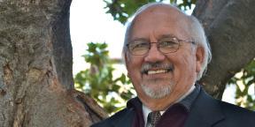 Professor Emilio Zamora