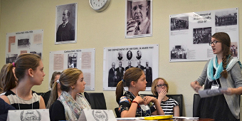 Students in the UN Environmental Program in discussion