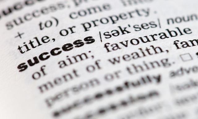 Short Words Predict Academic Success