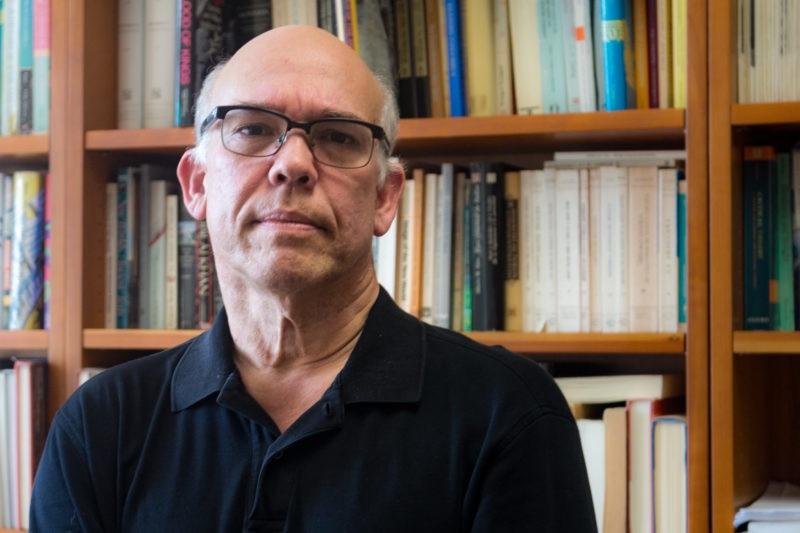 Professor César Salgado