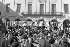 Anti-Racism Rally, 1975. Photo: Alan Pogue