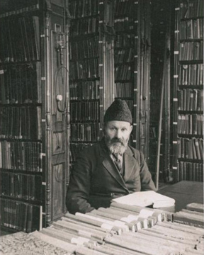 Khaykl Lunski, chief librarian of the Strashun Library in Vilnius before the war