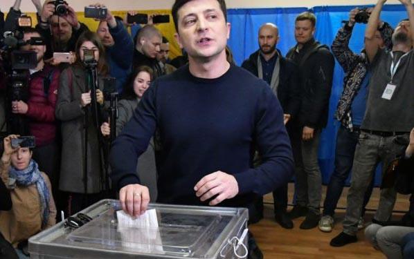 CREEES Grad Student Matthew Orr & LBJ Post-Doc Kiril Avramov Write Op-Ed on Ukrainian Presidential Elections