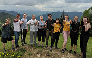 CREEES Faculty–Student Team Studies Presidential Elections in Ukraine this Spring, Summer