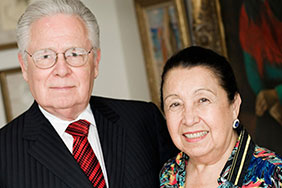 Teresa Lozano Long with her husband Joe R. Long