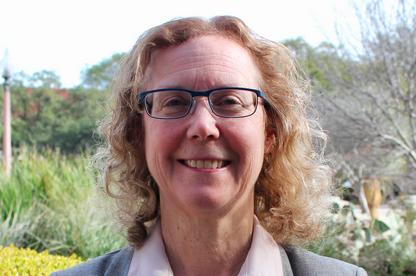 Professor Sheryl Luzzadder-Beach Appointed to Raymond Dickson Centennial Professorship