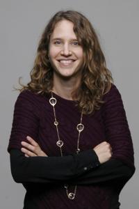 Suzanne V.H. van der Feest
